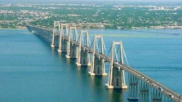 El puente gemelo de Morandi, situado en Maracaibo