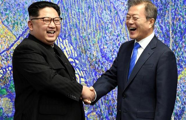 Kim Jong Un y Moon Jae-in en uno de sus encuentros previos
