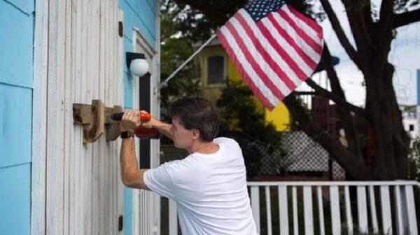 Preparándose para la llegada del huracán Florence