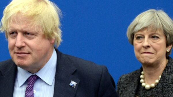 Boris Johnson y Theresa May