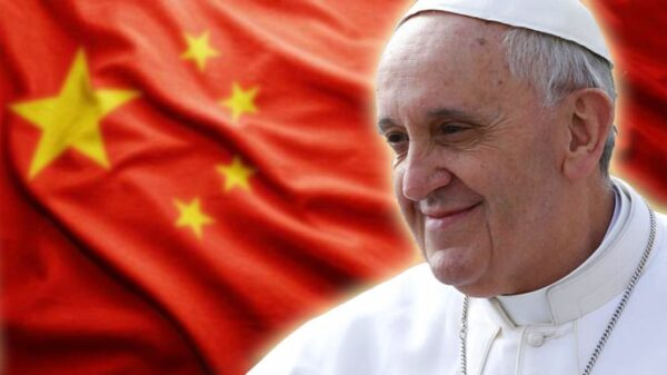 El Papa Francisco y la bandera de China