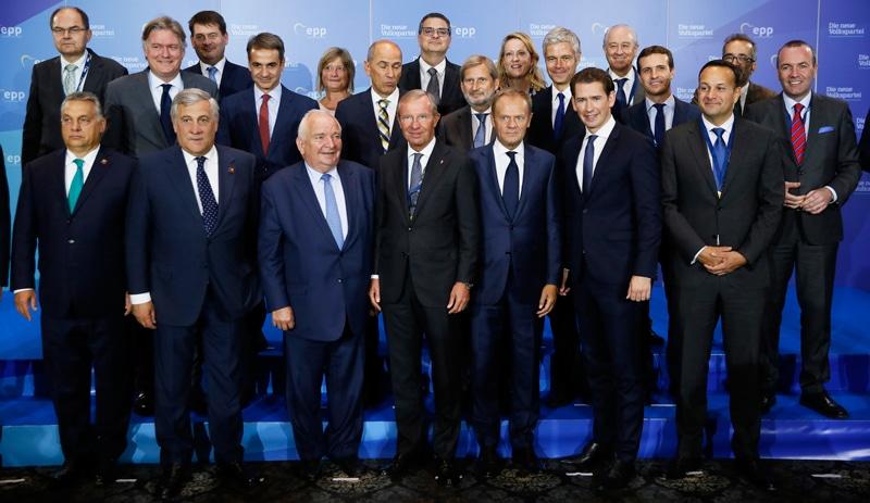 Pablo Casado y Viktor Orbán participan en la cumbre de líderes del Partido Popular Europeo