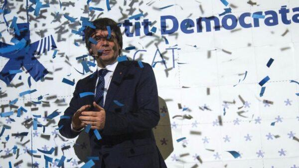 Carles Puigdemont en la presentación del logotipo de PDeCAT