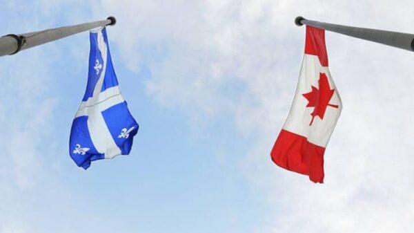Banderas de Quebec y Canadá