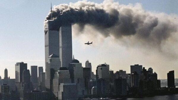 Las Torres Gemelas instantes antes de recibir el segundo impacto de avión