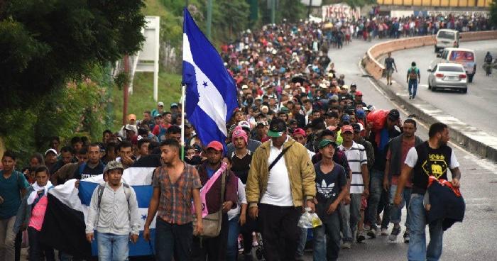 Resultado de imagen de ¿Quién está detrás de la caravana migrante? 4 teorías de conspiración