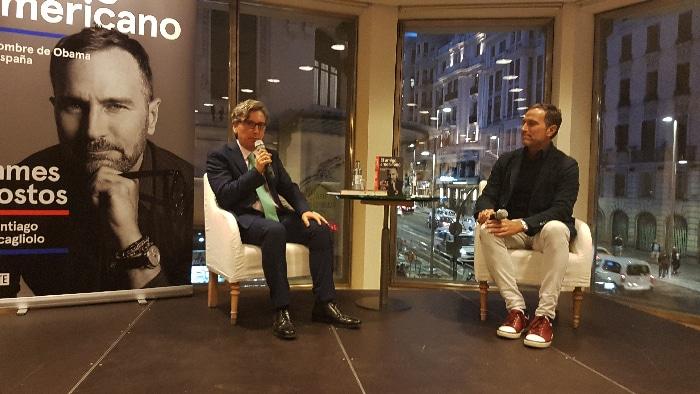 James Costos y Manuel Ródenas durante la presentación de 'El amigo americano'