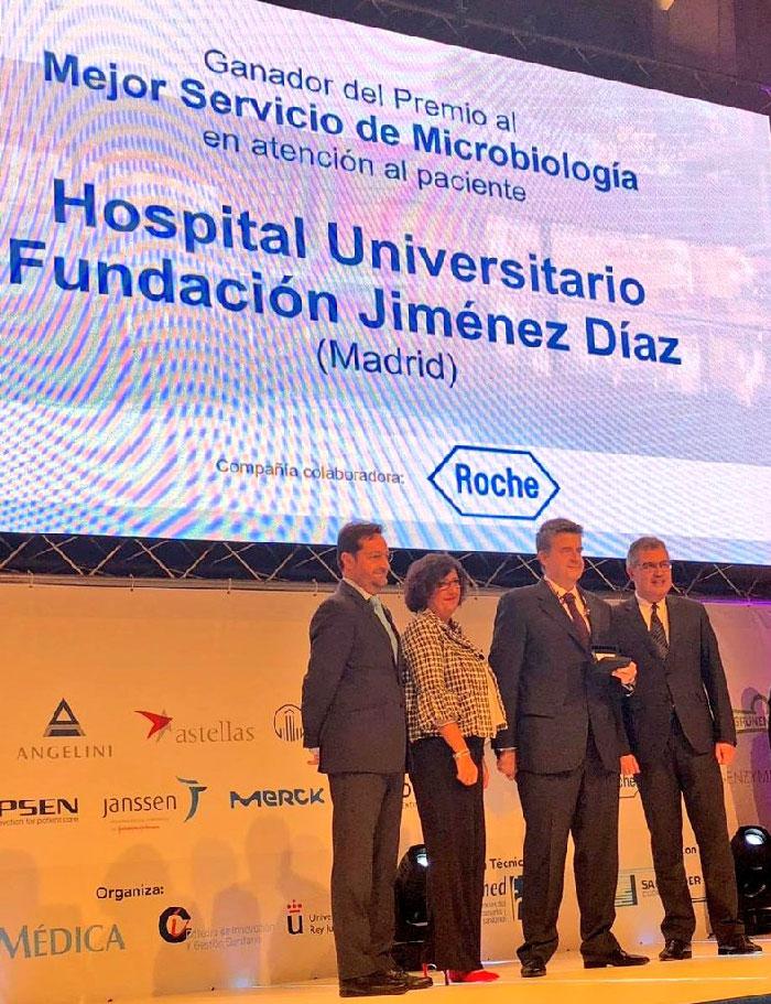 El Dr. Gadea recogió el Premio BIC al Mejor Hospital en Microbiología