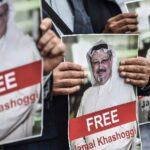 Carteles con la cara de Jamal Khashoggi