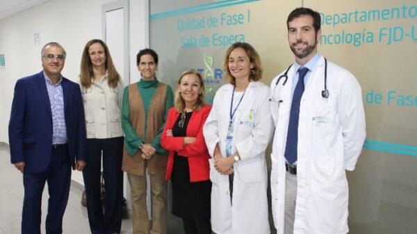 De izquierda a derecha, Montero, Zancada, Sánchez y los doctores Ayuso, Leal y Moreno
