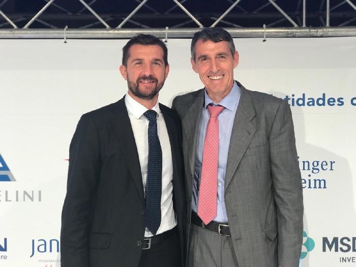 El Dr. Sánchez Encinas con Juan Antonio Álvaro de la Parra, gerente del Hospital Universitario Rey Juan Carlos