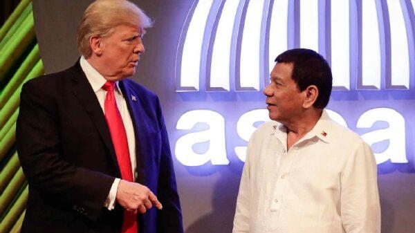 Trump con el presidente de Filipinas, Rodrigo Duterte