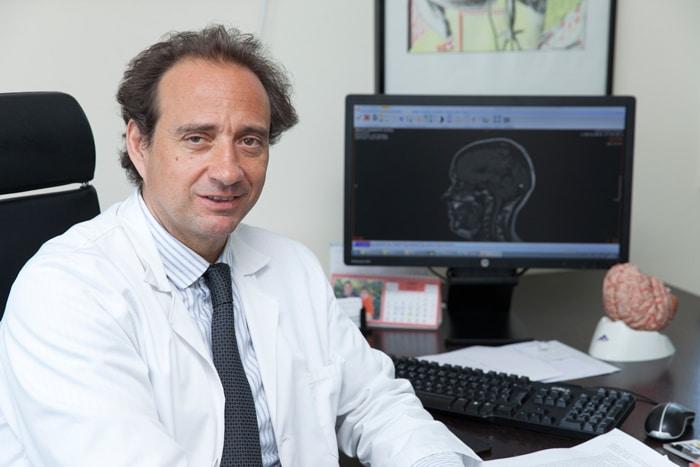 El Dr. Rafael Arroyo