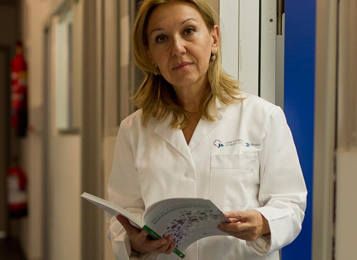 La doctora Carmen Ayuso