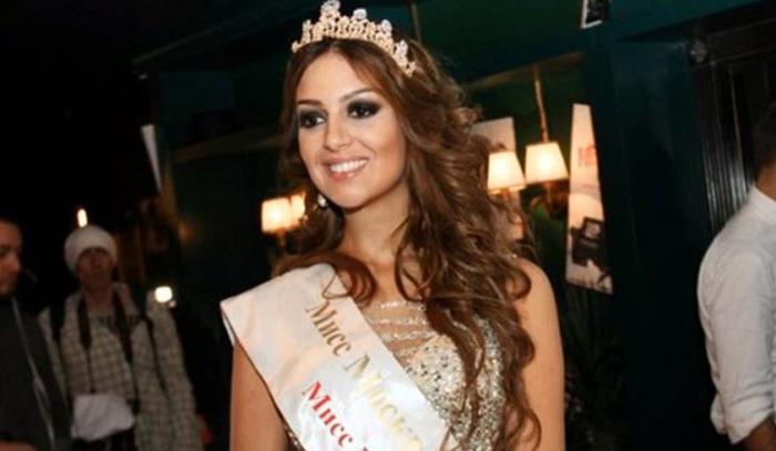La ex Miss Moscú Oksana Voevodina
