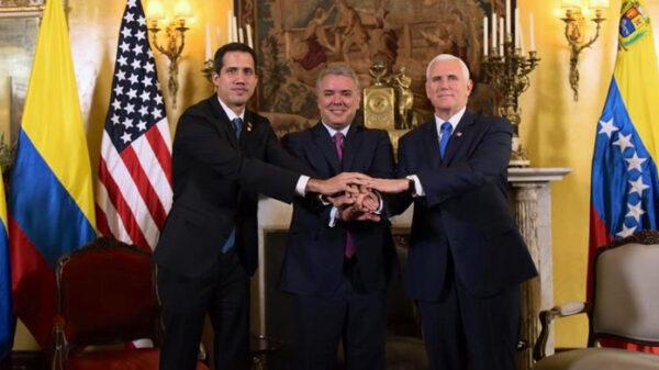 De izquierda a derecha, Juan Guaidó (encargado de Venezuela), Iván Duque (presidente de Colombia) y Mike Pence (vicepresidente de EEUU)