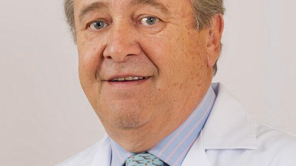 El doctor Enrique Pérez-Castro