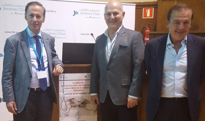 De izquierda a derecha, los doctores Tuñón, Gómez y Dodero