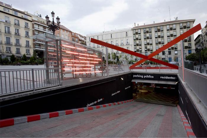 Entrada al parking de la plaza Pedro Zerolo