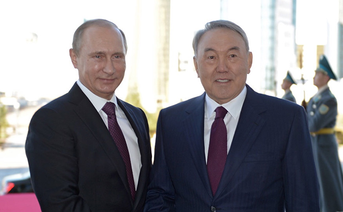 Putin con Nursultán Nazarbayev