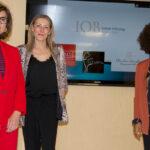 Susana Macpherson (estilista), Almudena González (experta en micropigmentación) y Duduyem Afuye (coach)