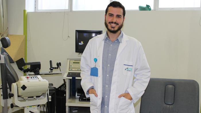 David Marcos, fisioterapeuta de la Fundación Jiménez Díaz