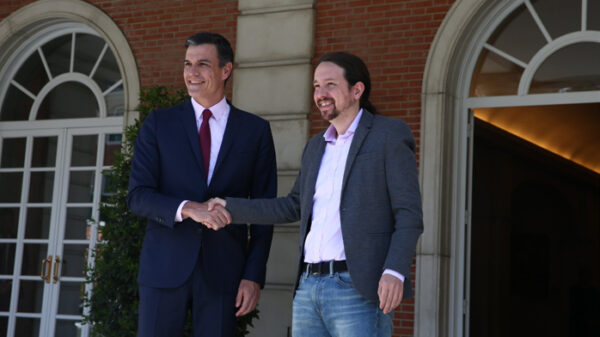 Pedro Sánchez junto a Pablo Iglesias