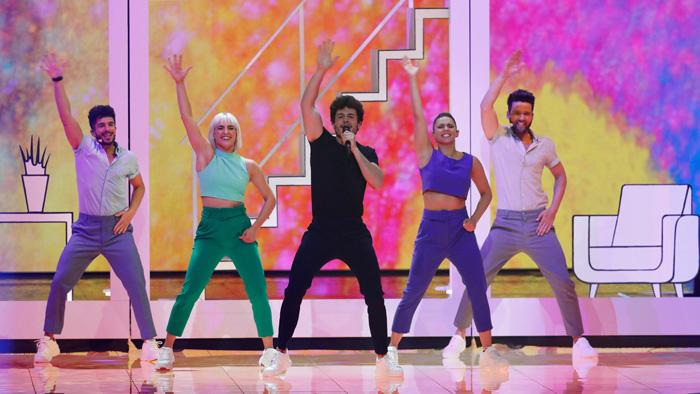 Miki durante su actuación en Eurovisión