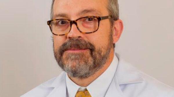 El doctor José Luis Cebrián Carretero