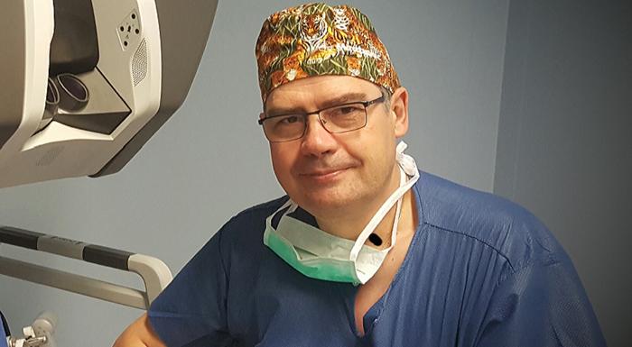 El doctor Raimundo Gutiérrez, coordinador de la Unidad de Disfagia del Hospital Rey Juan Carlos