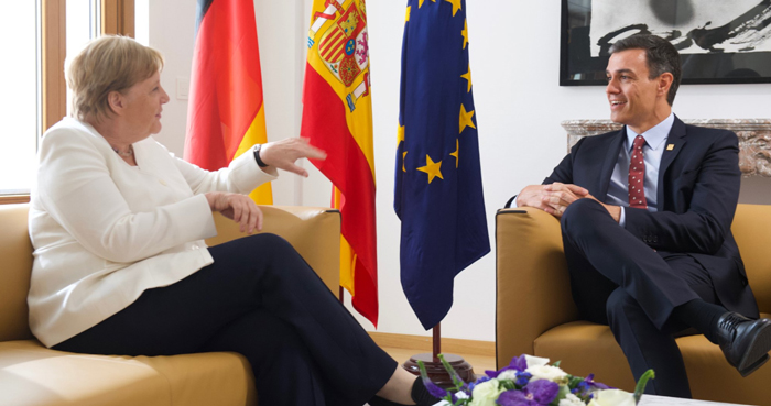 Pedro Sánchez con Angela Merkel