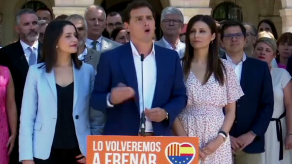 Albert Rivera ante los medios