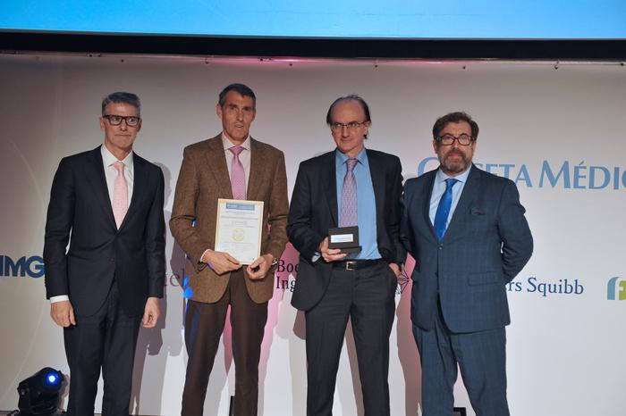 El doctor González Mangado recoge elpremio BIC 2019 a Mejor Hospital en Neumología