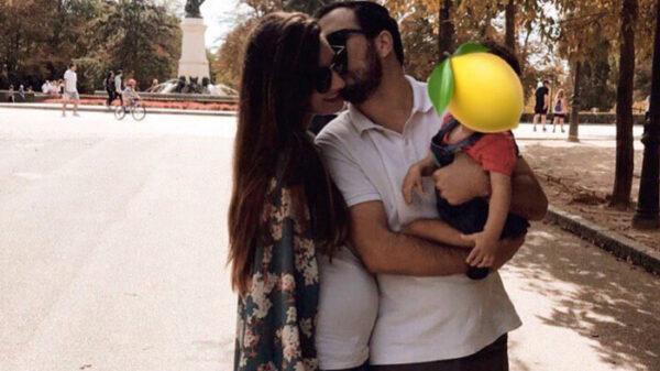Alberto Garzón, su mujer y su hija