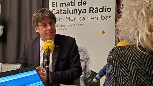 Carles Puigdemont en su entrevista en Catalumya Radio