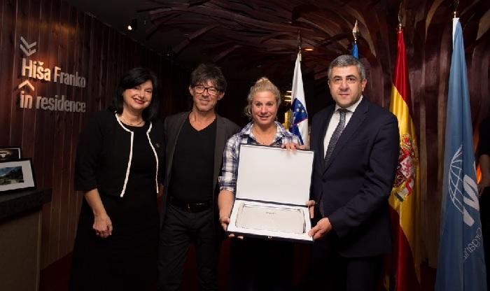 La Embajadora de Eslovenia en España, Renata Cvelbar Berk, la chef Ana Roš y el Secretario General de la Organización Mundial del Turismo, Zurab Pololikashvili