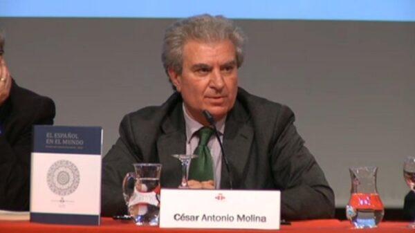 El exministro César Antonio Molina