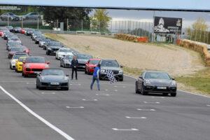 La jornada reunión una amplia flota de vehículos de alta gama