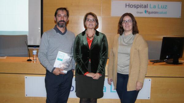 Los doctores Javier Porta, María Orera y Carmen Martín