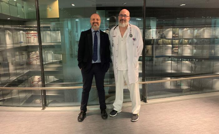 Los doctores Raúl Córdoba (izquierda) y Javier Martínez Permingo