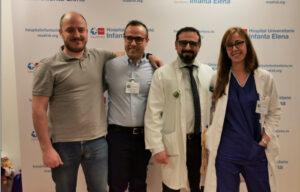 Los doctores Macera y Suárez (en el centro) con otros ponentes de la jornada