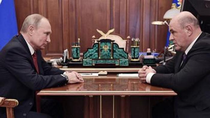 Mijaíl Mishustin y Putin