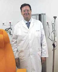El doctor Javier Román