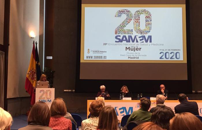 La doctora Carmen Pingarrón en la reunión SAMEM