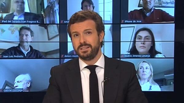 Pablo Casado en una reunión con los grupos parlamentarios del PP
