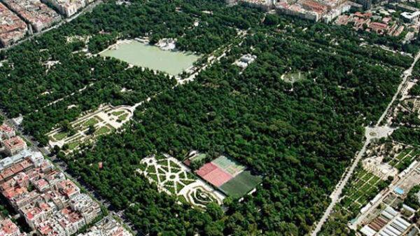 Vista aérea del Parque de El Retiro en Madrid