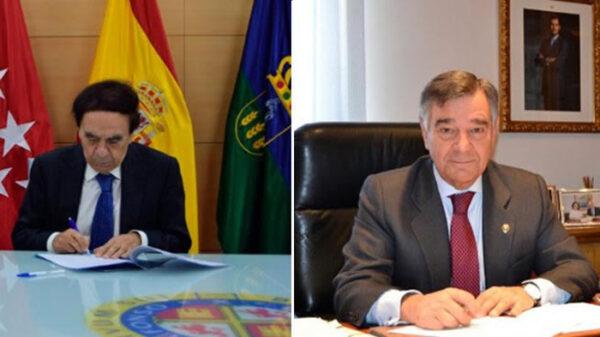 Los presidentes de la UAX, Jesús Núñez Velázquez, y del COFM, Luis González Díez, firman un acuerdo de formación universitaria