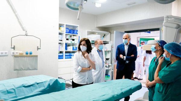 Isabel Díaz Ayuso visitando las urgencias del Hospital de La Paz