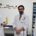 Los doctores Cristóbal Suárez Rueda y Borja Muñoz Niharra
