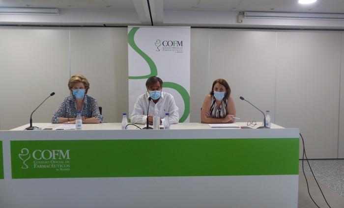 Mercedes González Gomis, secretaria del COFM; Luis González Díez, presidente del COFM; y Cristina Valdenebro, directora de Presupuestos del COFM